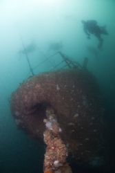Diver's desending on the bow of the